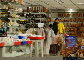 SHOPPING AT ANDAMAN ISLAND